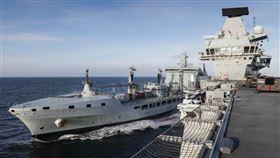 英國航空母艦「伊莉莎白女王號」(HMS Queen Elizabeth)(圖/翻攝自HMS Queen Elizabeth推特)