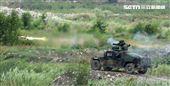 拖式飛彈車發射TOW飛彈。(記者邱榮吉/攝影)
