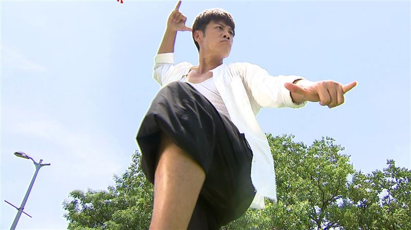 陳志強有新桃花?跟台劇女星公園熱舞