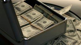 有錢人,現金,鈔票,富有 (示意圖/翻攝自Pixabay)