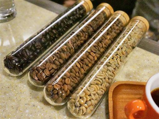 藏身中區舊城老郵幣社 靜謐午後來杯手沖咖啡