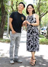 舞台劇「最後一封情書」演員劉瑞琪、謝祖武。(記者邱榮吉/攝影)