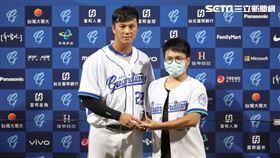 ▲富邦悍將外野手高國輝獲選單場MVP。(圖/記者劉彥池攝影)