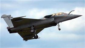 印度空軍考慮在拉達克部署最新的飆風戰機以因應中國威脅。圖為飆風B型戰機。(圖取自維基共享資源網頁,版權屬公有領域)