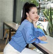 江靜(呆寶靜、春風前妻)首張個人專輯發布。(記者邱榮吉/攝影)