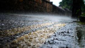 老天,面試,挑人,下雨(翻攝自 Pixabay)