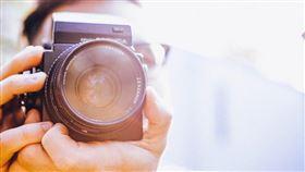 老公,男生,拍照,照相,相機(示意圖/翻攝自pixabay)