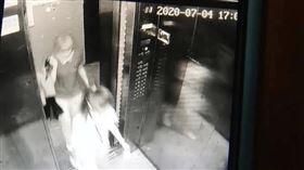 藍可兒翻版?53歲女離奇失蹤…電梯最後身影緊跟女兒(圖/翻攝自今日頭條)