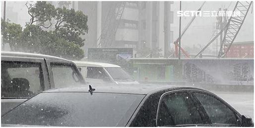 大暑的西北雨不是從西北方來的?