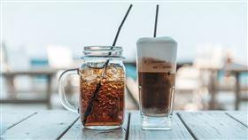 飲料,冷飲,冰咖啡(圖/翻攝自unsplash)