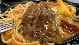 番茄醬,牛排。(圖/翻攝自爆怨公社)