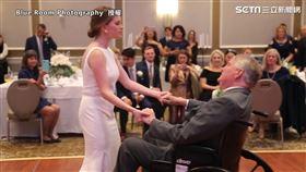 有洋蔥!與腦癌爸合跳最後一支舞 成女兒婚禮最美回憶