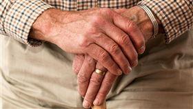 老人,照護(圖/翻攝自Pixabay)