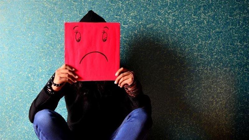 小心憂鬱症纏上你 這17個前兆警訊太驚人快快檢視自己