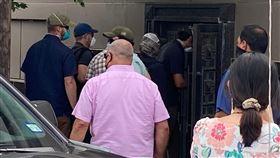 中國駐休士頓領事館關門!美方強行破門 五星旗被撤下,圖/路透社/達志影像