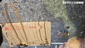 余男潛入內湖透天豪宅搜刮200萬元珠寶遭逮。(圖/翻攝畫面)