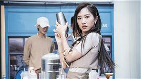 Lulu(黃路梓茵)、吳思賢(小樂)、陳銳 Coffee .Tea. or提供