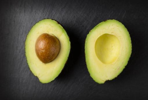 酪梨是油脂、會變胖?營養師曝「1缺點4優點」:地雷在這