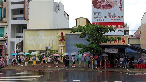 假日台南小吃店排爆…當地人笑了 網曝:真正美食在這