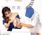 愛紗出席烘培錦標賽頒獎典禮。(記者邱榮吉/攝影)
