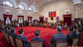 2020國家卓越建設獎,總統:都更、危老、社會住宅是政府施政重點,一起讓台灣的居住環境越來越好(圖/總統府)
