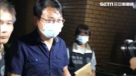 ▲前立委徐永明被移送台北地檢署,看得出來神情有些疲憊。(圖/記者楊佩琪攝)