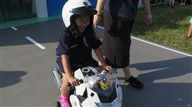 婦幼隊,警察,暑假,小小波麗士,兒童(新北市警察婦幼隊提供)