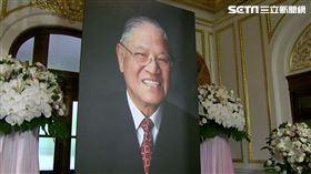 台北賓館民眾追悼李登會,獻花,李登輝遺像,信件自稱李登欽兒子的同學