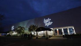 號稱美國歷史最悠久的奢侈品百貨Lord & Taylor 2日根據破產法第11章聲請破產保護。(圖/翻攝自facebook.com/lordandtaylor)
