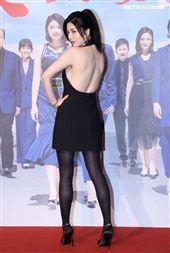 「天之驕女」演員韓瑜性感露背。(記者邱榮吉/攝影)