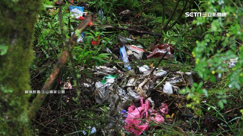 塔塔加遊客暴增 垃圾亂丟環境亂象