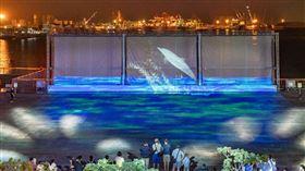 台中三井OUTLET暑假限定的3D水幕光影秀。(圖/業者提供)