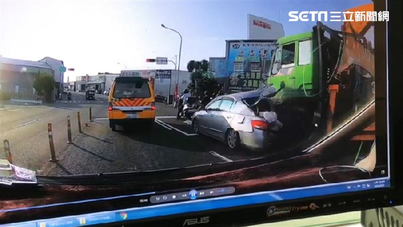 大貨車煞不住連撞5車 險波及娃娃車