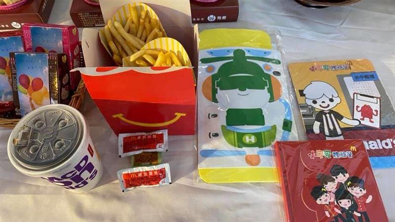 麥當勞破例「早上7點賣薯條」給7歲女童 理由網看哭了