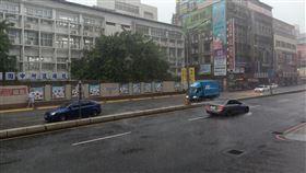 新北市,新莊,大雨,爆雨,積水,記者游承霖攝影