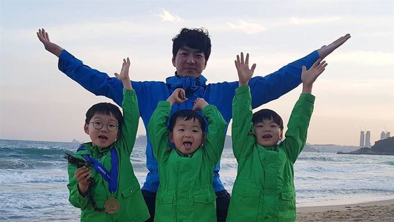反對體罰!三胞胎爸這教育方式網推爆