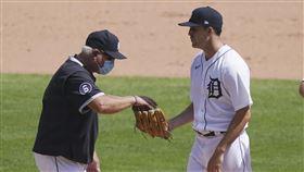 ▲老虎先發投手柏伊德(Matthew Boyd)首局挨「背靠背」全壘打。(圖/美聯社/達志影像)