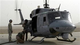 美國海軍陸戰隊UH-1N Huey直升機。(圖/維基百科)