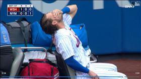 ▲大都會左外野手麥克尼爾(Jeff McNeil)撞牆美技後傷退。(圖/翻攝自MLB官網)