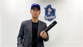 ▲富邦悍將簽約選秀會第3輪外野手陳真。(圖/富邦悍將球團提供)