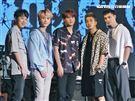 (左起)小賴、邱鋒澤、陳零九、婁峻碩和黃偉晉組成限定男團「五堅情」。(圖/記者林聖凱攝影)