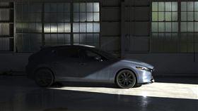 ▲Mazda 3渦輪版。(圖/翻攝Mazda網站)
