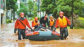 四川成都金堂縣驚爆「本世紀最大洪水」,災情慘重。(圖/翻攝自四川日報微博)