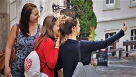 不少人出遊都碰過爛旅伴。(圖/翻攝自Pixabay)