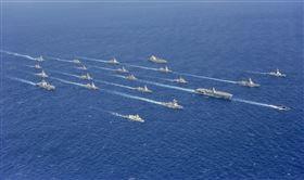 日本海上自衛隊。圖為令和元年與美軍聯合演習畫面。(圖/翻攝自日本海上自衛隊官網)
