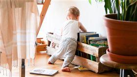 家庭,孩子,小孩,嬰兒(圖/翻攝自unsplash)