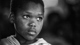 聯合國機構世界衛生組織(WHO)今天宣布,學名脊髓灰白質炎的小兒麻痺症病毒在非洲絕跡,這是世界致力根除小兒麻痺症的一項里程碑。(圖/翻攝自Pixabay)