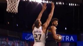NBA/看傻!穆雷空中360度上籃 NBA,季後賽,丹佛金塊,Jamal Murray,360度 翻攝自臉書粉絲專頁Bleacher Report