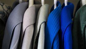 外套,衣櫃,衣櫥,襯衫(示意圖/翻攝自Pixabay)