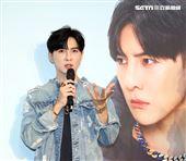 睽違9年唐禹哲也終於以歌手的身份親自作詞作曲,在台灣發行全新單曲〈算了吧〉、〈DOWN〉。(記者邱榮吉/攝影)